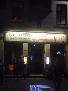 Oxford bars should take this slogan: Free beer and false advertising. Genius.